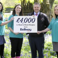 BELLWAY SUPPORTS HEART OF KENT HOSPICE WITH £4000 DONATION