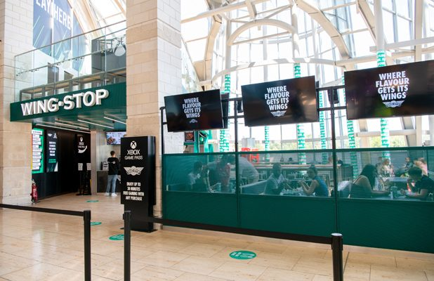 WING IT – BLUEWATER CELEBRATES AS WINGSTOP OPENS